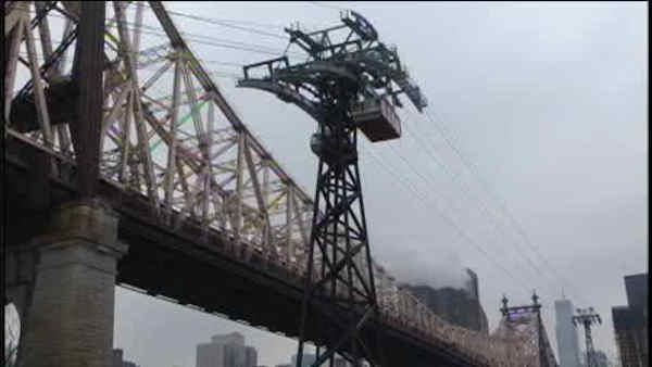 Worker rescued from Roosevelt Island tram
