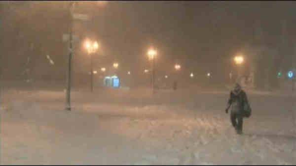 Boston buried in 2 feet of snow
