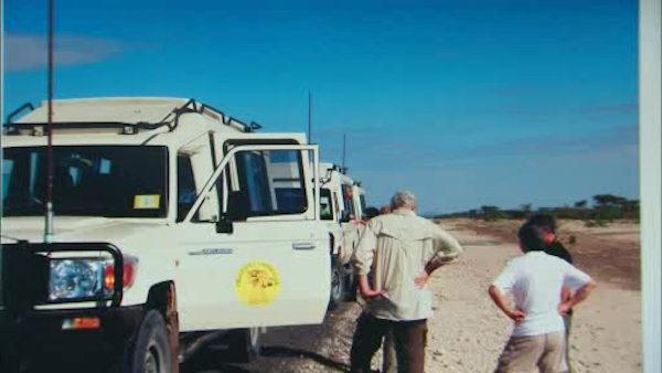 7 On Your Side: Tourists abandoned on African safari