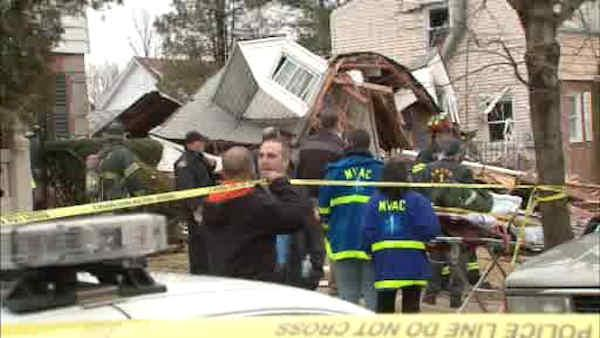 Vacant Hempstead house explodes