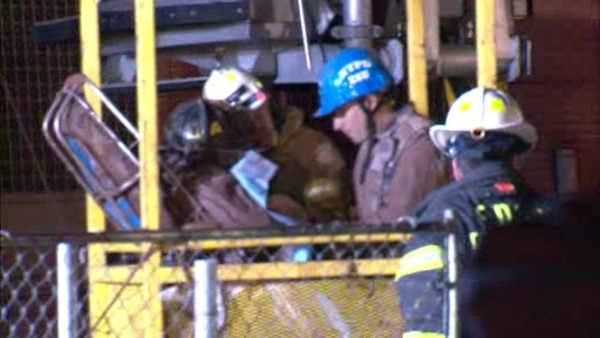 Rescuers pull 2nd Avenue subway worker from trench