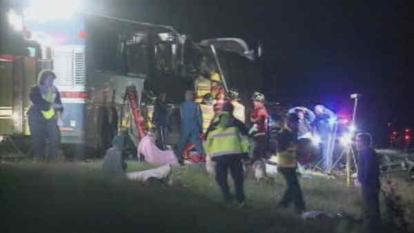 1 dead when charter bus crashes in pennsylvania