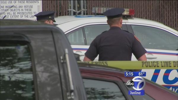 Police shoot man with knife on Long Island