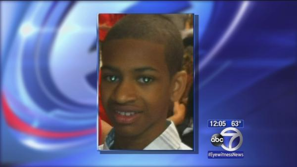 Picture on subway of teen NOT Avonte Oquendo