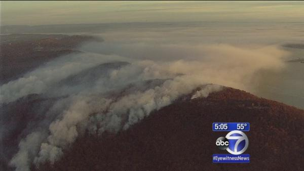 Rockland County brush fire still burning