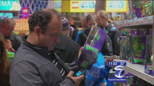 Shoppers get a head start on Black Friday deals