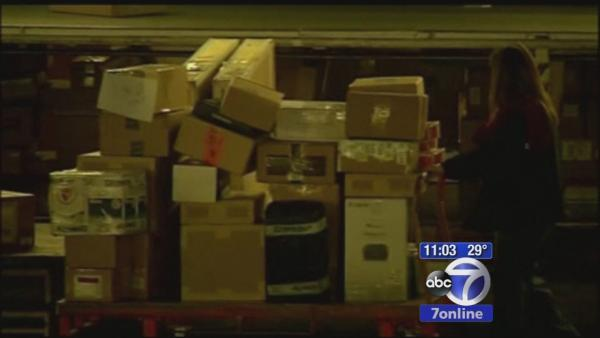 Santa's sleigh slowed by UPS and FedEx shipping problems