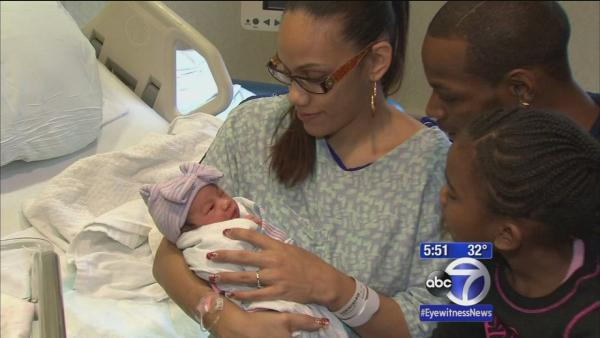 NYC welcomes first babies of 2014