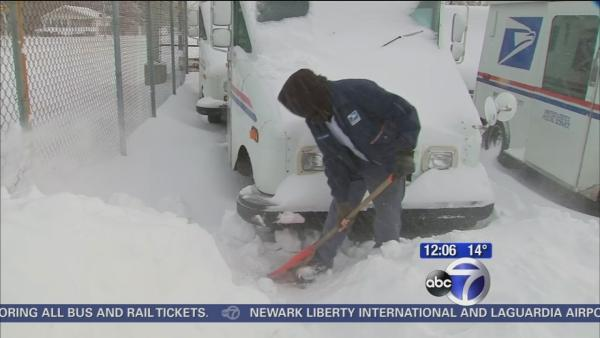Long Island digs out after heavy snow