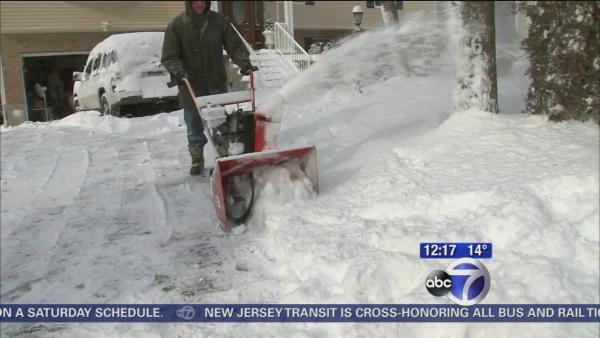 Clearing sidewalks before big freeze