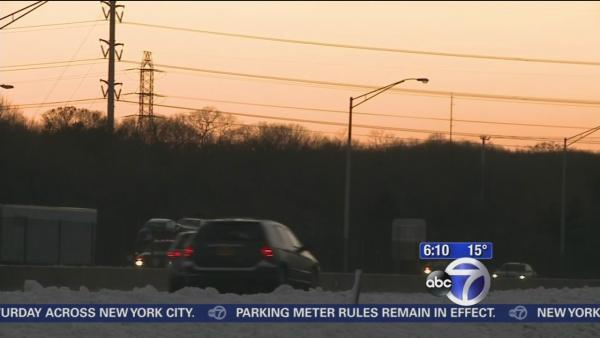 Drivers return to the roads on Long Island after snow
