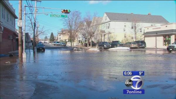 Several water mains break in New Jersey due to cold