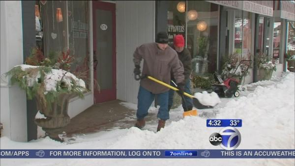 Connecticut residents dig out from snow storm