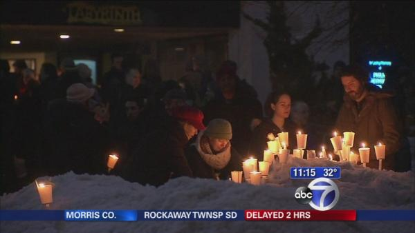 Vigil held for Phililp Seymour Hoffman in his neighborhood