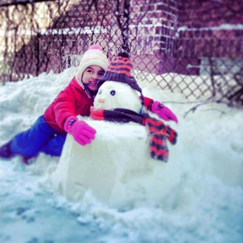 "<div class=""meta ""><span class=""caption-text "">Isabelle's snowman in Rego Park.  (WABC Photo)</span></div>"