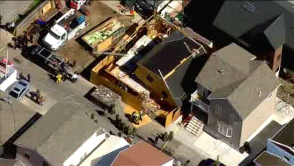 "<div class=""meta ""><span class=""caption-text ""> One worker is dead and three others injured when a house under construction collapses in Brooklyn.  </span></div>"