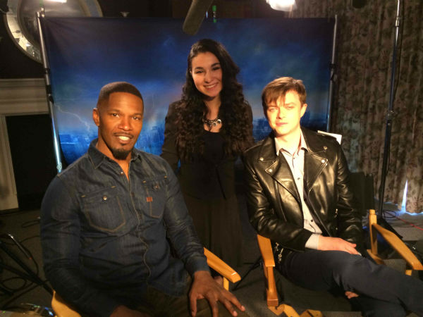 "<div class=""meta ""><span class=""caption-text "">Entertainment reporter Sandy Kenyon and Oceanside High School student Jackie Xerri sat down with the cast of ""The Amazing Spider-Man 2""</span></div>"