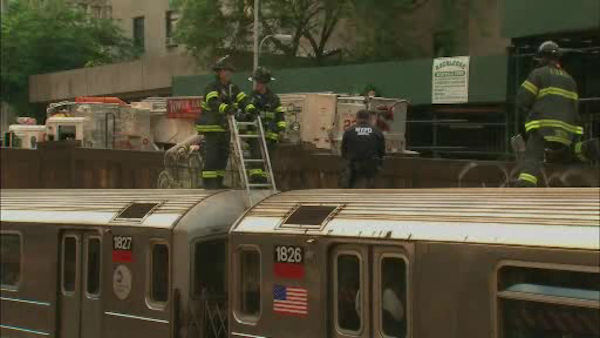 "<div class=""meta ""><span class=""caption-text "">A number 1 subway train suffered a minor derailment on Wednesday evening, trapping passengers on board until they could be rescued by another train. (WABC Photo/ WABC)</span></div>"