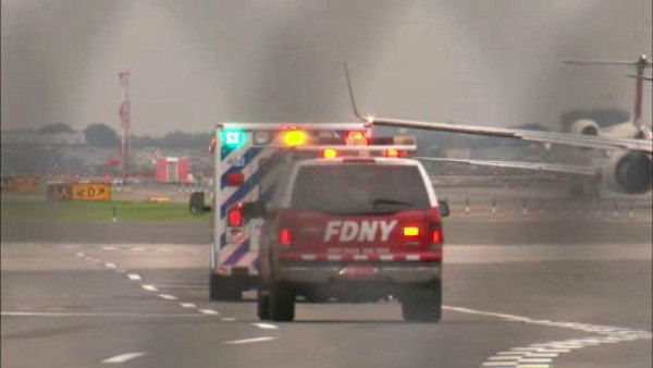 "<div class=""meta image-caption""><div class=""origin-logo origin-image ""><span></span></div><span class=""caption-text"">A rough landing at LaGuardia Airport where a landing gear on a Southwest plane collapsed when landing. There were a total of 150 people on board.</span></div>"