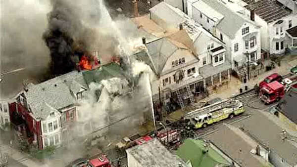 "<div class=""meta image-caption""><div class=""origin-logo origin-image ""><span></span></div><span class=""caption-text"">Newscopter7 was over a huge fire in an unoccupied building on Garside Street in Newark, New Jersey </span></div>"