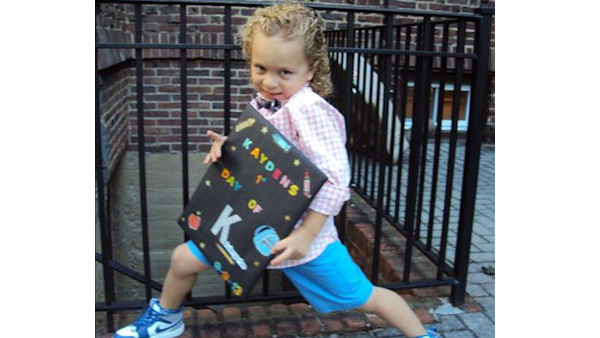 "<div class=""meta ""><span class=""caption-text "">Kaydens 1st day of Kindergarten</span></div>"