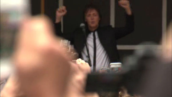 "Paul McCartney put on a surprise concert in Times Square on Thursday to promote his upcoming album ""New""."