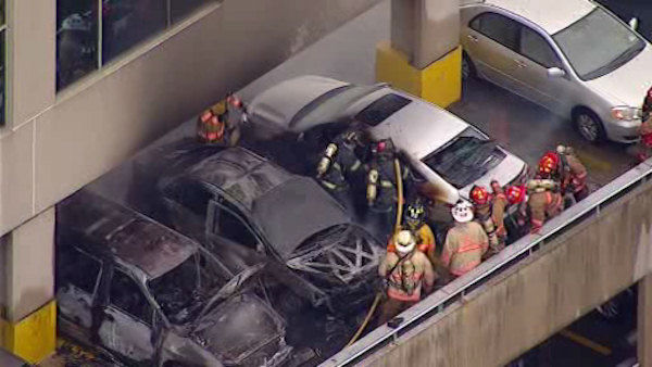 "<div class=""meta image-caption""><div class=""origin-logo origin-image ""><span></span></div><span class=""caption-text"">Newscopter 7 was over the scene at the Samsung office building in Ridgefield Park, New Jersey where three cars caught fire </span></div>"
