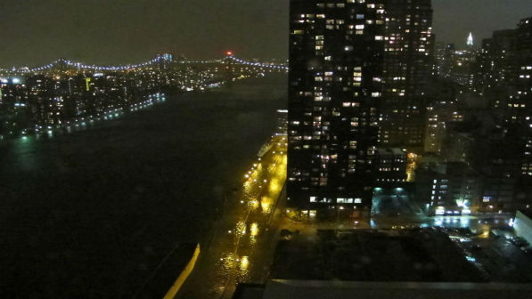 East River floods both lanes of the FDR on the Upper East Side. <span class=meta>(Nancy Burack)</span>