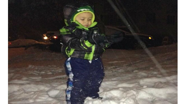 Viewers from around the Tri-State area sent in the snowstorm photos