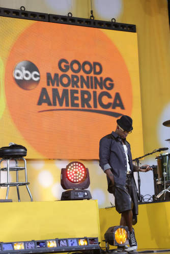 "<div class=""meta image-caption""><div class=""origin-logo origin-image ""><span></span></div><span class=""caption-text"">GOOD MORNING AMERICA - Ne-Yo performs live in Central Park as part of the GMA Summer Concert Series, on ""Good Morning America,"" 8/2/13, airing on the ABC Television Network.   (ABC/Fred Lee)  NE-YO (ABC Photo/ Fred Lee)</span></div>"