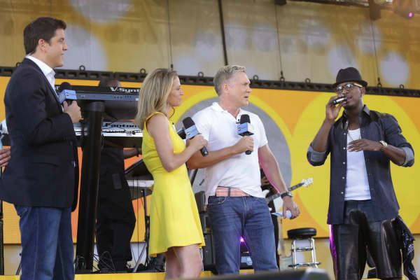 "<div class=""meta ""><span class=""caption-text "">GOOD MORNING AMERICA - Ne-Yo performs live in Central Park as part of the GMA Summer Concert Series, on ""Good Morning America,"" 8/2/13, airing on the ABC Television Network.   (ABC/Fred Lee)  JOSH ELLIOTT, AMY ROBACH, SAMC CHAMPION, NE-YO (Photo/Fred Lee)</span></div>"