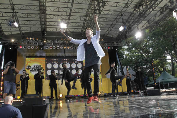 GOOD MORNING AMERICA - Macklemore, along with Ryan Lewis, performed at the GMA Summer Concert Series in Central Park, on GOOD MORNING AMERICA, 8&#47;16&#47;13, airing on the ABC Television Network.   &#40;ABC&#47;Lou Rocco&#41; MACKLEMORE <span class=meta>(ABC Photo&#47; Lou Rocco)</span>