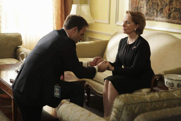 SCANDAL - &#34;Ride, Sally, Ride&#34; - The White House deals with a bombshell announcement from Sally Langston. Meanwhile, Olivia finds herself in a challenging new role, on ABC&#39;s &#34;Scandal,&#34; THURSDAY, FEBRUARY 27 &#40;10:00-11:00 p.m., ET&#41; on the ABC Television Network. &#40;ABC&#47;Nicole Wilder&#41; PAUL ADELSTEIN, KATE BURTON <span class=meta>(ABC Photo&#47; Nicole Wilder)</span>