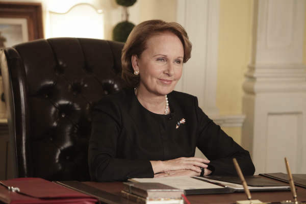 SCANDAL - &#34;Ride, Sally, Ride&#34; - The White House deals with a bombshell announcement from Sally Langston. Meanwhile, Olivia finds herself in a challenging new role, on ABC&#39;s &#34;Scandal,&#34; THURSDAY, FEBRUARY 27 &#40;10:00-11:00 p.m., ET&#41; on the ABC Television Network. &#40;ABC&#47;Nicole Wilder&#41; KATE BURTON <span class=meta>(ABC Photo&#47; Nicole Wilder)</span>