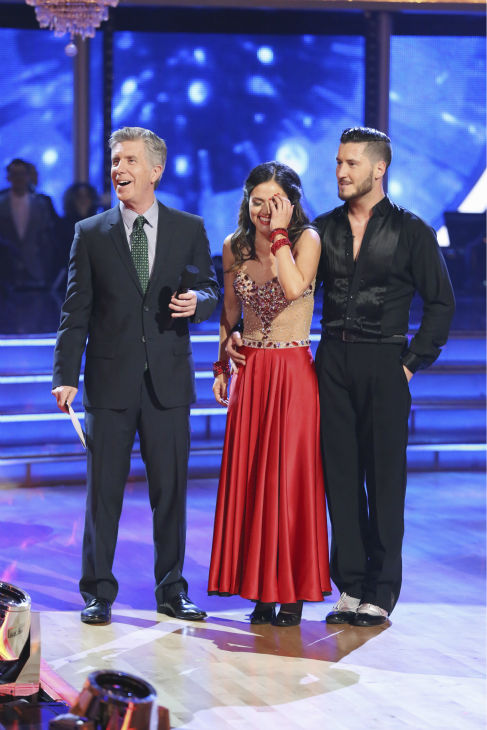 "<div class=""meta image-caption""><div class=""origin-logo origin-image ""><span></span></div><span class=""caption-text"">DANCING WITH THE STARS - ""Episode 1801"" - Each couple performed a Cha Cha, Foxtrot or Contemporary routine, vying for America's vote. The two-hour season premiere of ""Dancing with the Stars"" began MONDAY, MARCH 17 (8:00-10:01 p.m., ET) on the ABC Television Network. (ABC/Adam Taylor) TOM BERGERON, DANICA MCKELLAR, VALENTIN CHMERKOVSKIY (Photo/Adam Taylor)</span></div>"