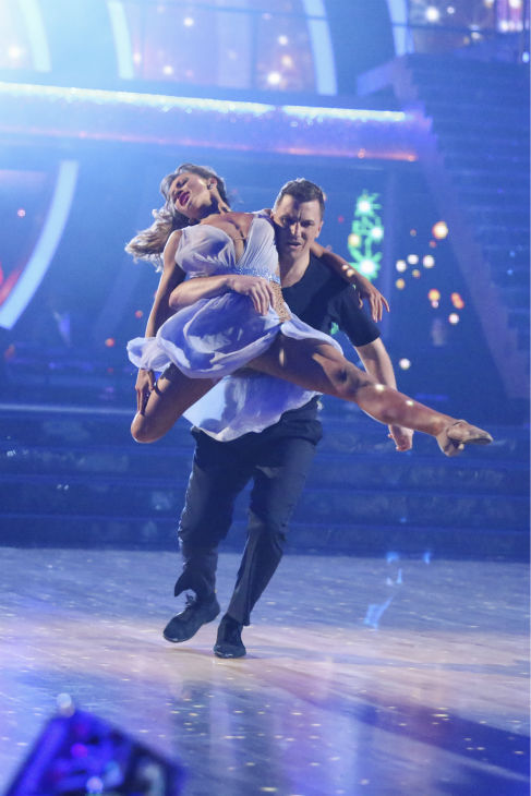 "<div class=""meta image-caption""><div class=""origin-logo origin-image ""><span></span></div><span class=""caption-text"">DANCING WITH THE STARS - ""Episode 1801"" - Each couple performed a Cha Cha, Foxtrot or Contemporary routine, vying for America's vote. The two-hour season premiere of ""Dancing with the Stars"" began MONDAY, MARCH 17 (8:00-10:01 p.m., ET) on the ABC Television Network. (ABC/Adam Taylor) KARINA SMIRNOFF, SEAN AVERY (ABC Photo/ Adam Taylor)</span></div>"