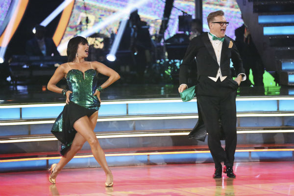 "<div class=""meta ""><span class=""caption-text "">DANCING WITH THE STARS - ""Episode 1801"" - Each couple performed a Cha Cha, Foxtrot or Contemporary routine, vying for America's vote. The two-hour season premiere of ""Dancing with the Stars"" began MONDAY, MARCH 17 (8:00-10:01 p.m., ET) on the ABC Television Network. (ABC/Adam Taylor) CHERYL BURKE, DREW CAREY (ABC Photo/ Adam Taylor)</span></div>"