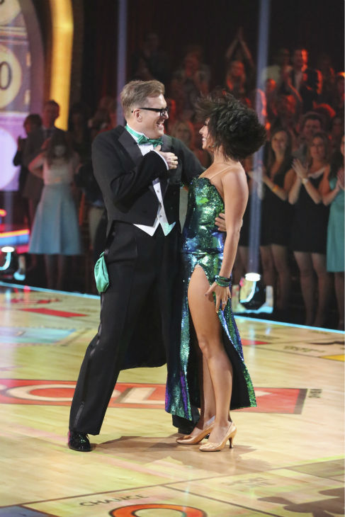 DANCING WITH THE STARS - &#34;Episode 1801&#34; - Each couple performed a Cha Cha, Foxtrot or Contemporary routine, vying for America&#39;s vote. The two-hour season premiere of &#34;Dancing with the Stars&#34; began MONDAY, MARCH 17 &#40;8:00-10:01 p.m., ET&#41; on the ABC Television Network. &#40;ABC&#47;Adam Taylor&#41; DREW CAREY, CHERYL BURKE <span class=meta>(ABC Photo&#47; Adam Taylor)</span>