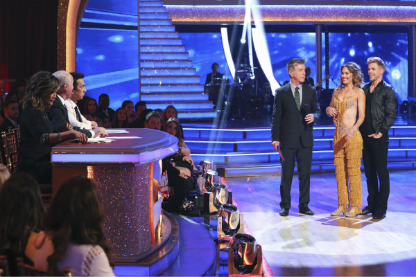 "<div class=""meta image-caption""><div class=""origin-logo origin-image ""><span></span></div><span class=""caption-text"">DANCING WITH THE STARS - ""Episode 1801"" - Each couple performed a Cha Cha, Foxtrot or Contemporary routine, vying for America's vote. The two-hour season premiere of ""Dancing with the Stars"" began MONDAY, MARCH 17 (8:00-10:01 p.m., ET) on the ABC Television Network. (ABC/Adam Taylor) CARRIE ANN INABA, LEN GOODMAN, BRUNO TONIOLI, TOM BERGERON, AMY PURDY, DEREK HOUGH (ABC Photo/ Adam Taylor)</span></div>"