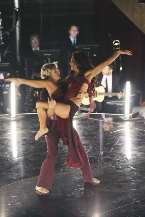 "<div class=""meta ""><span class=""caption-text "">DANCING WITH THE STARS - ""Episode 1801"" - Each couple performed a Cha Cha, Foxtrot or Contemporary routine, vying for America's vote. The two-hour season premiere of ""Dancing with the Stars"" began MONDAY, MARCH 17 (8:00-10:01 p.m., ET) on the ABC Television Network. (ABC/Adam Taylor) CHARLIE WHITE, SHARNA BURGESS (ABC Photo/ Adam Taylor)</span></div>"