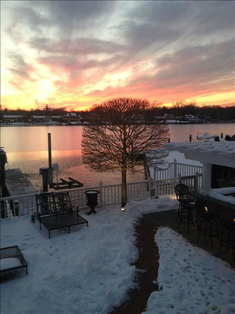 "<div class=""meta ""><span class=""caption-text "">Despite the frigid temperatures, the sky was nonetheless gleaming with a bright, colorful sunset Friday evening. </span></div>"