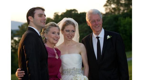 Chelsea Clinton ties the knot