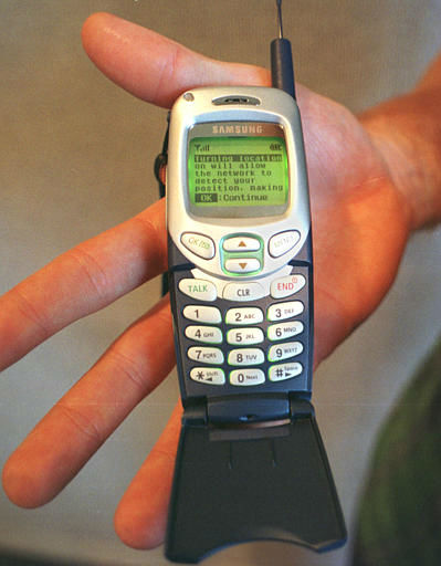 "<div class=""meta ""><span class=""caption-text "">ADVANCE SUNDAY, OCT. 7--The Samsung SPH-N300 digital cell phone launched by Sprint and Samsung Telecommunications America, is displayed Thursday, Oct. 4, 2001 in Boston. The SPH-N300 is Americas first GPS-enabled wireless phone, designed to support future location-based and E911 emergency services, as they become available on the Sprint PCS nationwide network. (AP Photo/Angela Rowlings) (AP Photo/ ANGELA ROWLINGS)</span></div>"