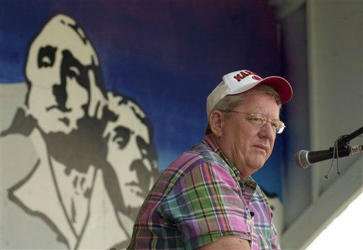 "<div class=""meta ""><span class=""caption-text "">FILE - In this Aug. 1, 2003, file photo Rep. Bill Janklow, R-S.D., looks out at the crowd during a radio interview at the State Fair in Huron, SD. Janklow, a flamboyant politician who left a lasting mark on South Dakota politics by serving four terms as governor but resigned as the state's congressman after causing a fatal traffic accident, died Thursday, Jan. 12, 2012. He was 72. (AP Photo/Doug Dreyer, File) (AP Photo/ DOUG DREYER)</span></div>"