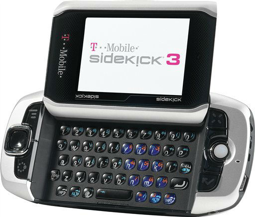 "<div class=""meta ""><span class=""caption-text "">In this handout photo released by T-Mobile, the Sidekick 3 cell phone is shown. (AP Photo/T-Mobile) (AP Photo/ JEFF ALEXANDER)</span></div>"