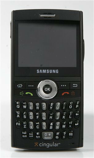 ** FILE ** The Samsung BlackJack is shown in this Nov. 22,  2006 file photo in a New York file photo. &#40;AP Photo&#47;Mark Lennihan, file&#41; <span class=meta>(AP Photo&#47; MARK LENNIHAN)</span>