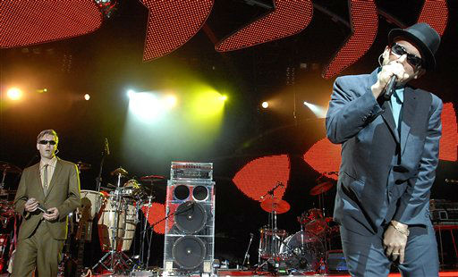Rapper MCA, left, and rapper Adrock, right, of the rap group &#34;Beastie Boys&#34; performs at The Greek Theatre in Los Angeles on Monday, Aug. 20, 2007. &#40;AP Photo&#47;Dan Steinberg&#41; <span class=meta>(AP Photo&#47; Dan Steinberg)</span>