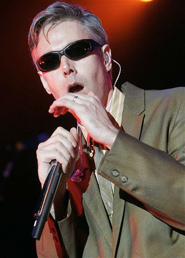 Rapper MCA of the rap group &#34;Beastie Boys&#34; performs at The Greek Theatre in Los Angeles on Monday, Aug. 20, 2007. &#40;AP Photo&#47;Dan Steinberg&#41; <span class=meta>(AP Photo&#47; Dan Steinberg)</span>