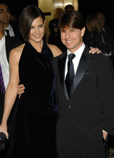 Actors Tom Cruise and Katie Holmes arrive at the Museum of Moving Image Salute to Tom Cruise at Cipriani's 42nd Street, Tuesday, Nov. 6, 2007 in New York. (AP Photo/Evan Agostini)