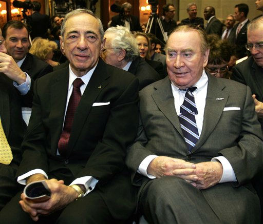 Former New York governors Mario Cuomo, left, and Hugh Carey are seen at the Capitol in Albany, N.Y., Wednesday, Jan. 7, 2009.  &#40;AP Photo&#47;Mike Groll&#41; <span class=meta>(AP Photo&#47; Mike Groll)</span>